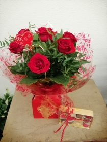 6 Red Rose Handtied with Chocolates