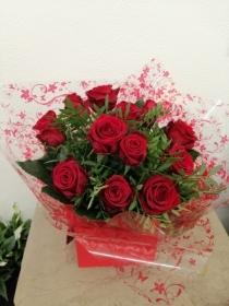 12 Red Rose Handtied